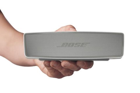 Kvalitets transportabel mini-højttaler fra Bose. Soundlink Mini II leverer overraskende stor lyd, trods den lille størrelse.
