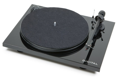 Pro-Ject Essential digital Black