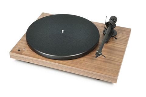 - Pro-Ject Record Master, valnød