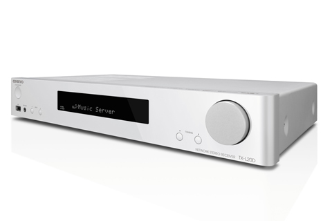 Slimline stereo receiver by Onkyo med HDMI audio control and many streaming functions build-in.
