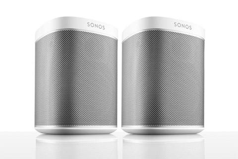 Med 2 stk. Sonos PLAY:1 får man et rigtig stereo perspektiv og en fyldigere lydoplevelse.