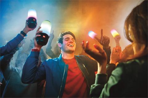 JBL Pulse 3 bluetooth højttaler, lifestyle