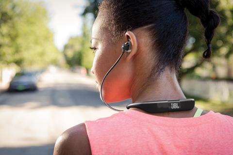 JBL Reflect Fit sportshovedtelefoner, lifestyle