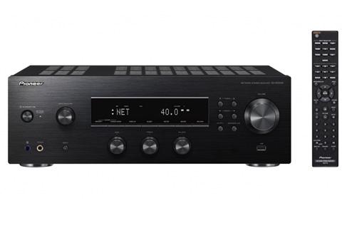 Stereo receiver fra Pioneer med DAB+ radio, der kombinerer god lydkvalitet med moderne funktionalitet.