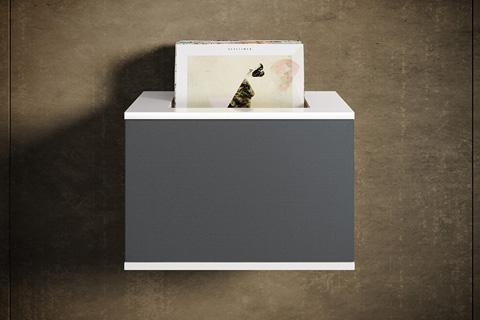 I toppen af model 210/211 LP er der lavet en udskæring, hvor du kan placere dine favorit LP'er. Stof og trælåge kan som ved de andre modeller tilkøbes.