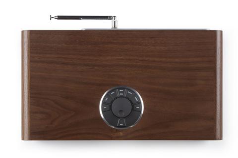 Ruark Audio R2 MK3 top, walnut