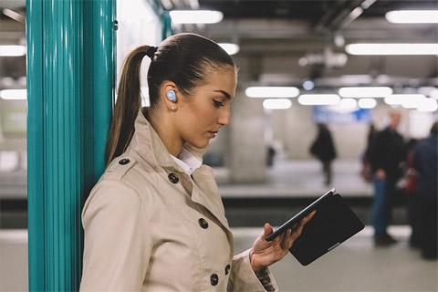JBL Free trådløse hovedtelefoner, lifestyle