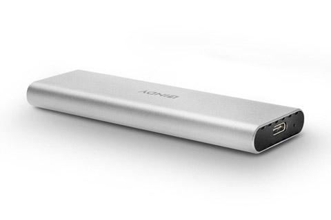 Lindy USB 3.2 Gen 2 NVMe M.2 SSD kabinet - Front