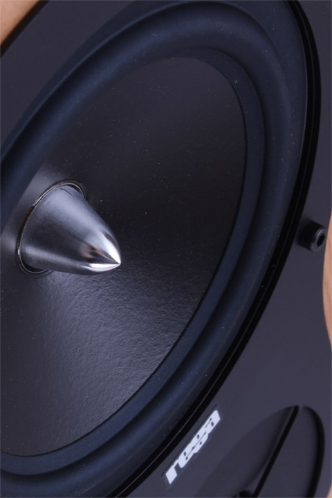 Rega RX-3 gulvhøjtaler, detaljer