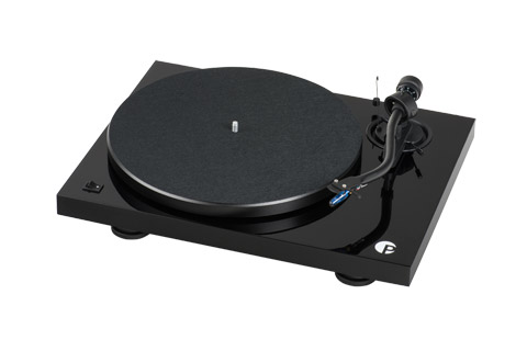 Pro-Ject Debut III S Audiophile turntable with S-shape tonearm and Pick it 25A cartridge, black highgloss