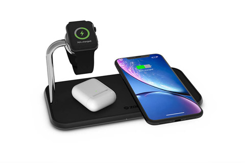ZENS triple wireless Qi and Apple Watch charger 2x10W - Black in use