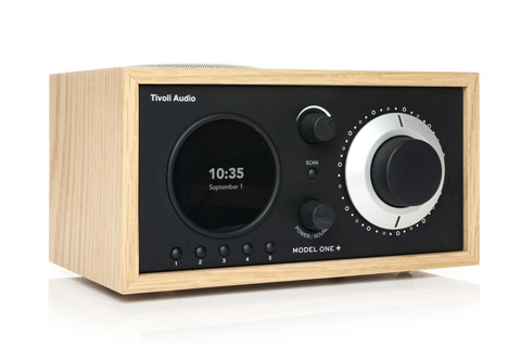 Tivoli Audio Model One+ radio, oak/black