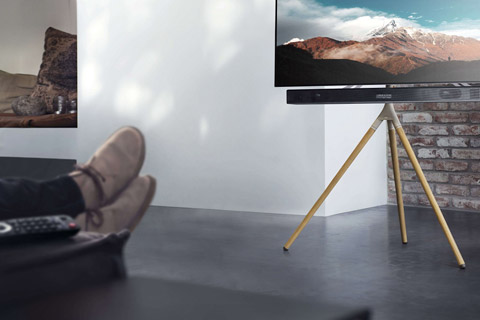One For All WM 7472 Tripod TV floorstand - Oak lifestyle