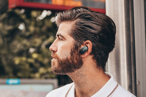 Bose QuietComfort Earbuds, lifestyle
