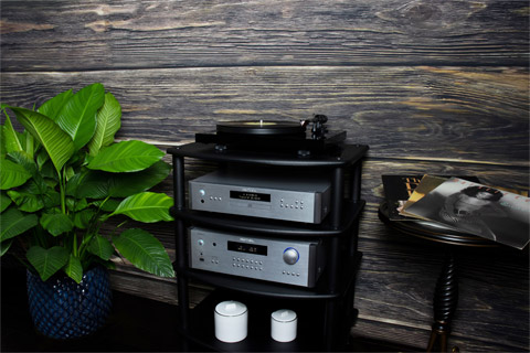 Rotel RA-1592 MKII integrated amplifier, lifestyle