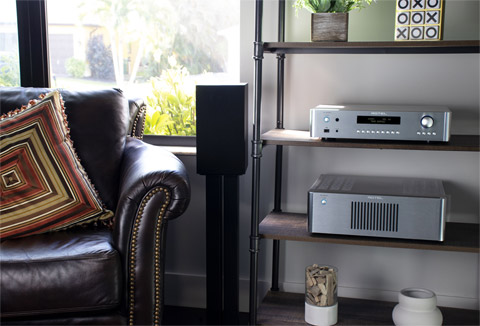Rotel RC-1572MKII stereo preamplifier, lifestyle