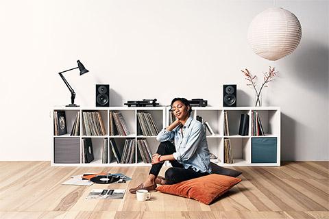 Dynaudio Emit 10 speaker, lifestyle