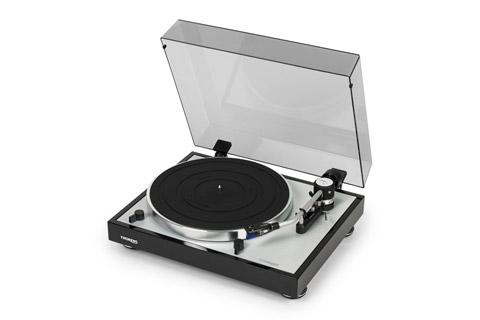 Thorens TD 403 DD turntable - Black with lid