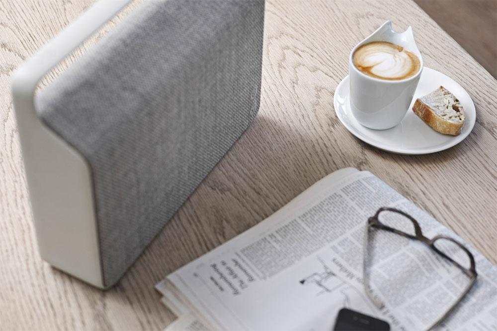 Vifa Copenhagen har allerede fået diverse møbel og design blade helt op på tæerne - og ikke uden grund! Lyd og design har aldrig været bedre forenet.