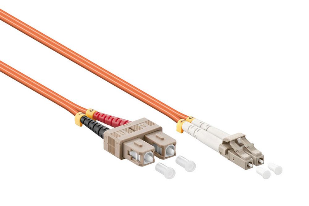 Kvalitets LC til SC fiber netværkskabel i duplex udgaver og OM2 kvalitet (50/125 µm).