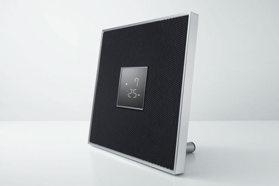 ISX-80 kan fungere som en selvstændig streamings højttaler eller i en multirumsløsning via MusicCast. Kan både væghænges eller stilles på en hylde.