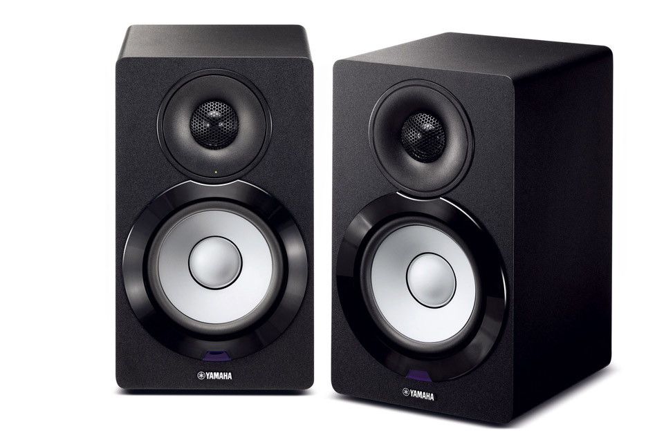 Kompakte aktive-højttalere fra Yamaha der kombinere det nyeste indenfor streaming, med god lyd! Anvend bl.a. Bluetooth, Airplay eller Musiccast!