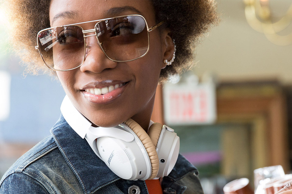 Bose SoundLink Around-ear II hovedtelefoner, lifestyle