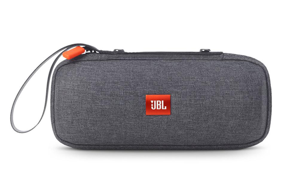 Tasken beskytter din JBL Flip, Flip2 eller Flip3, mens den indbyggede strop til håndleddet gør det let at tage lyden med på farten.