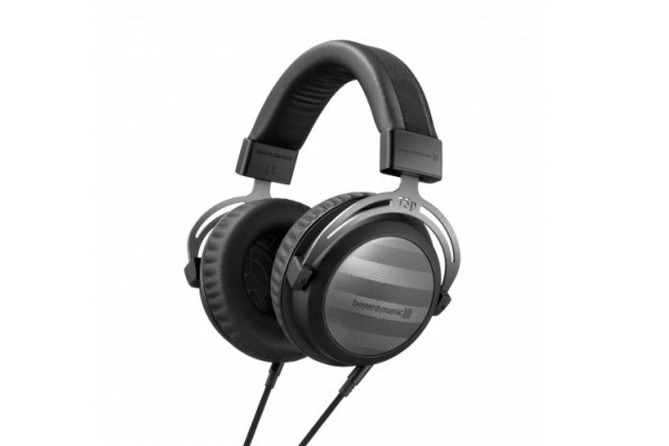 Audiofile Hi-Fi hovedtelefoner i en lukket konstruktion, optimieret til transportable afspillere. (T5p 2. generation)