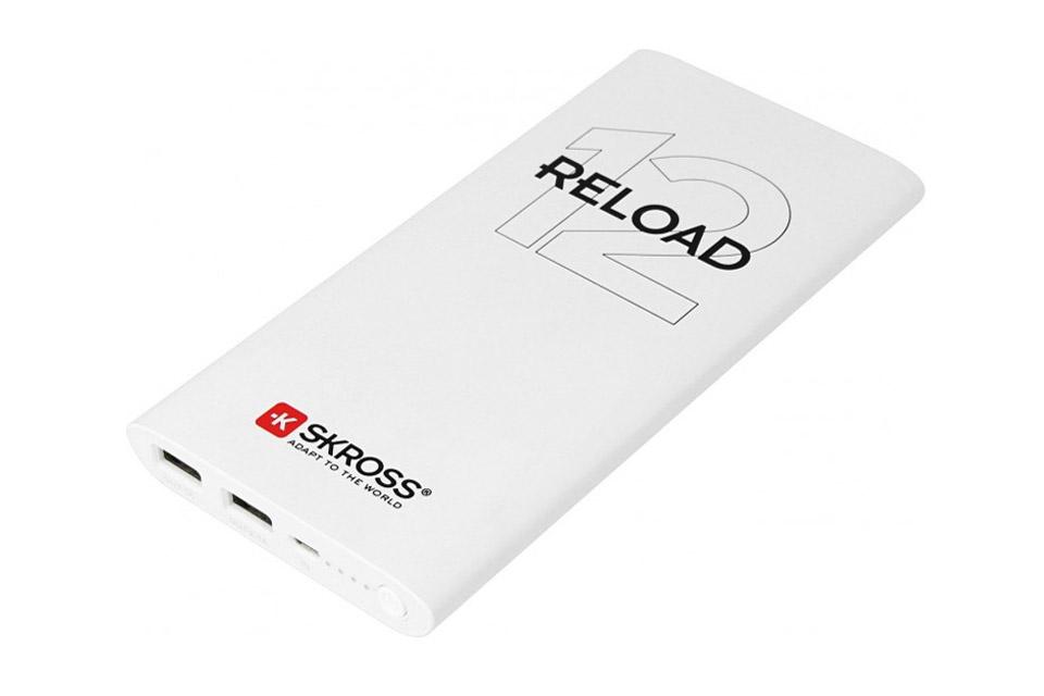 Hurtig opladning med kvalitets powerbank på 12.000 mAh. Kan f.eks oplade en iphone 4-5 gange eller en tablet 2 gange før Skross RELOAD 12 skal lades