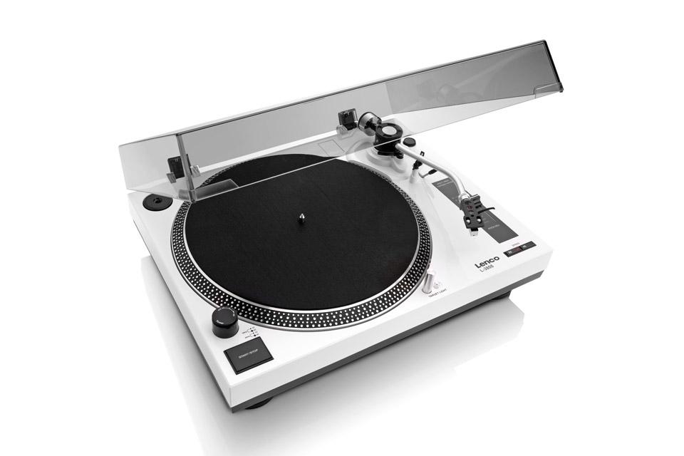 Lenco L-3808 pladespiller med indbygget RIAA og USB tilslutning.