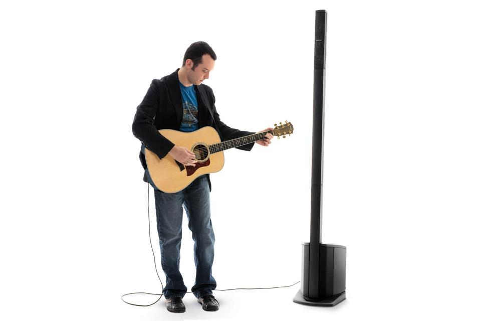 Lej et transportabelt og enkelt lydsystem fra Bose. Systemet til den lille fest, både med musikker eller blot til taler i forsamlinger.