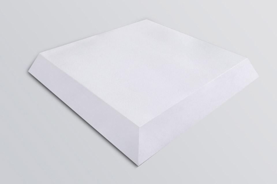Octa er lavet i højkvalitets Polyester skum der er beklædt med hvidt fløjl. Denne kombination giver en øget absorberings effekt af de høje frekvenser.