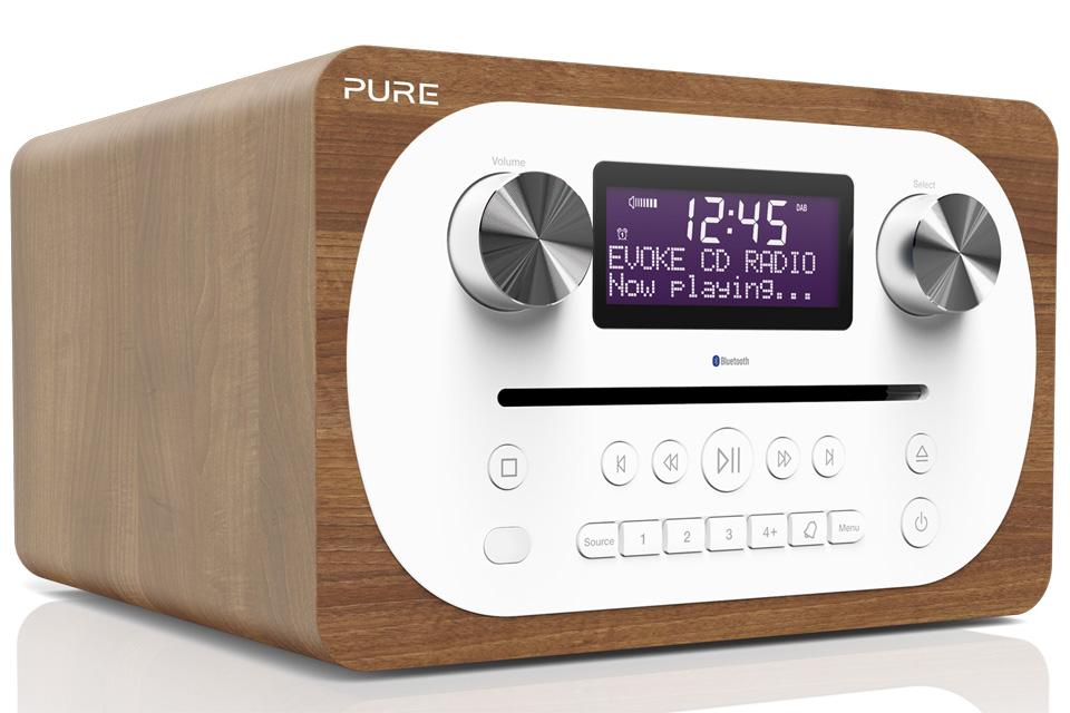 Pure Evoke C-D4 er et kompakt alt-i-et-musiksystem med DAB+ og FM-radio med CD samt Bluetooth i et fantastisk lydsystem med et smuk træ-finish