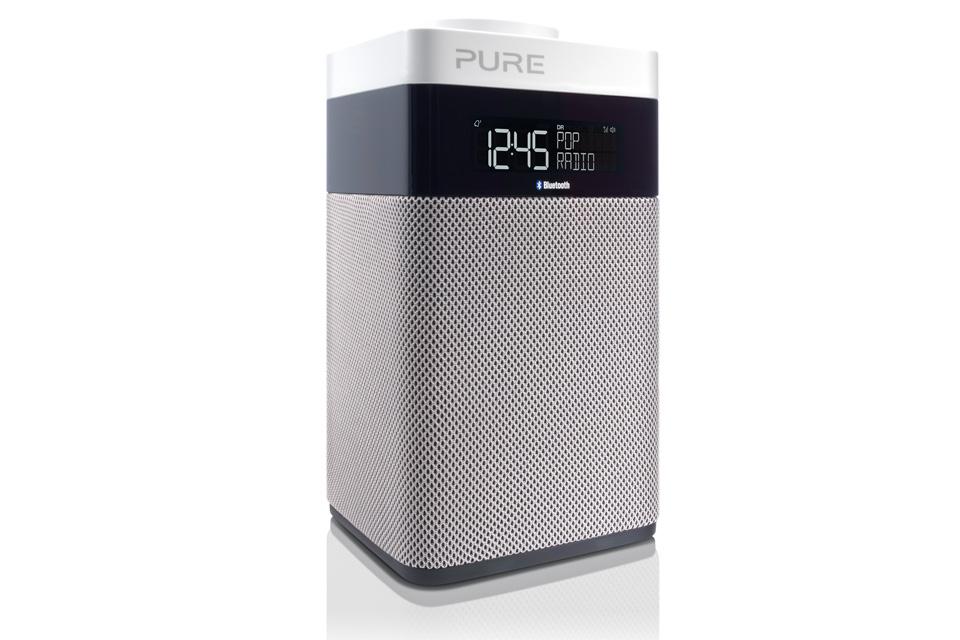 Pure Pop Midi BT med Bluetooth, en kompakt bærbar DAB+ og FM-radio der gør det nemt med sine fem dedikerede knapper til forudindstillede radiokanaler
