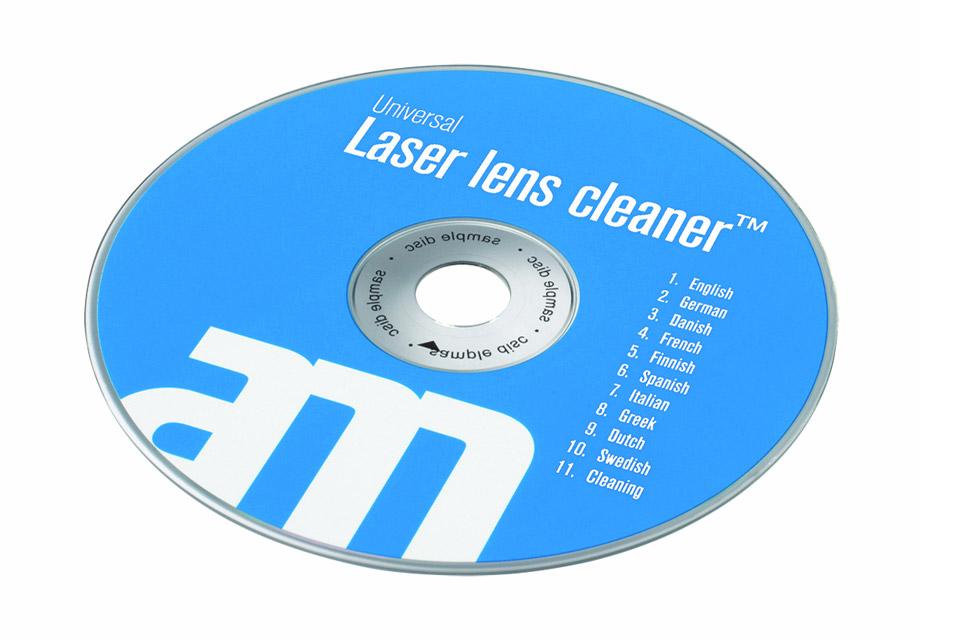 CD/DVD plade udstyret med antistatisk børste til rensning af laserlinsen i CD/DVD-afspiller. Sikrer perfekt kontakt mellem CD/DVD'en og laserstrålen.