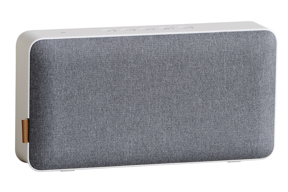 MOVEit med Bluetooth har stor lyd og lækkert dansk design, som både kan bruges i hjemmet og tages med på farten - just move it!
