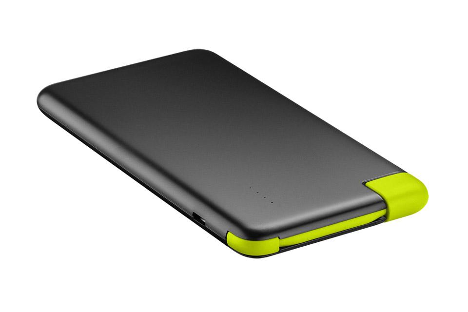 Slank og billig powerbank med kraftigt Lithium-Ion batteri på 4000 mAh. Kan lade en smartphone op til 1-2 gange på en opladning.