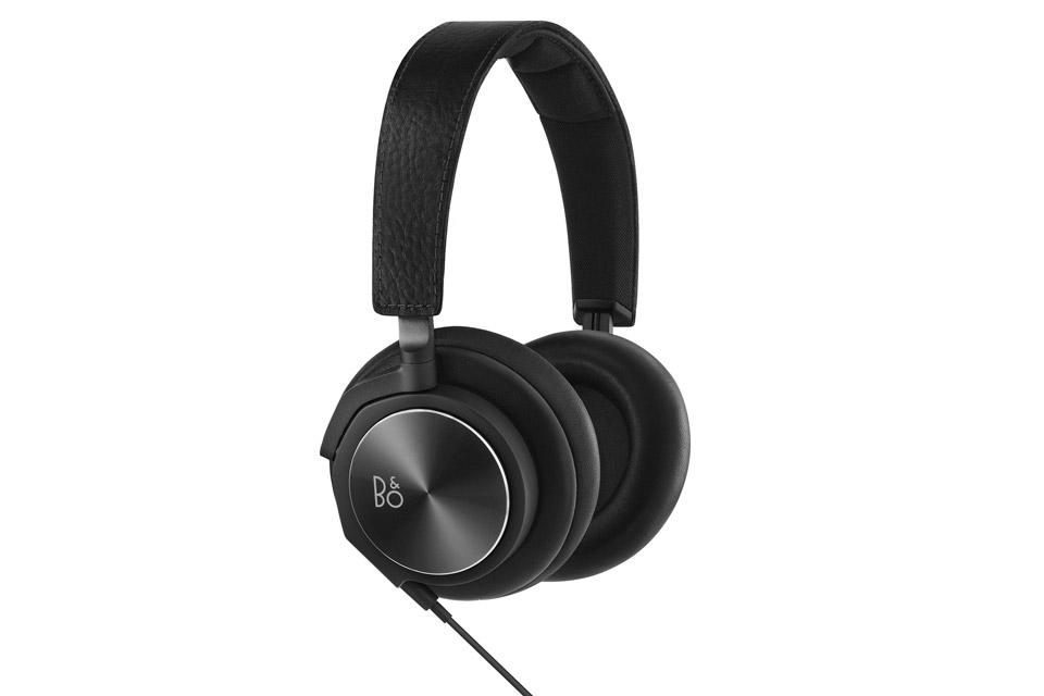 B&O PLAY H6 hovedtelefon 2.gen i læder og aluminium med sublim lyd - Ørepuder i lammeskind med memoryskum for optimal komfort og hovedbøjle i koskind