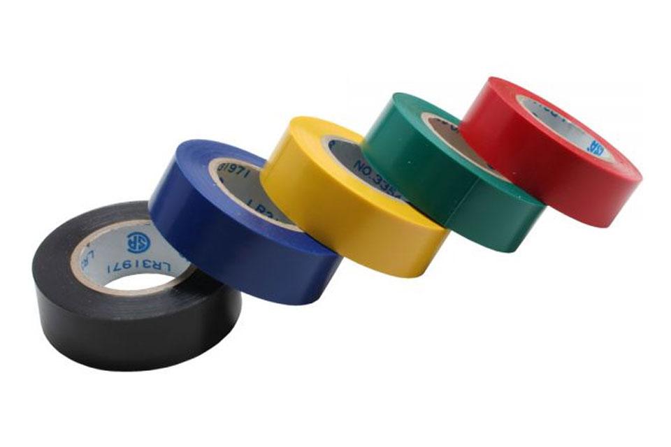 Elektrikertape kan anvendes til at isolere, farvekode eller samle/bundte ledninger med. 5-pak i forskellige farver, 18 mm bred x 9 meter pr. farve.