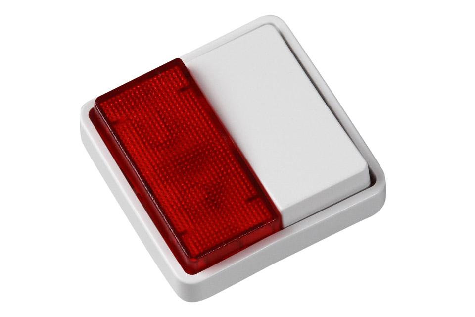 Lauritz Knudsen FUGA® afbryder med lys. Bruges ofte til badeværelset, så man kan se om der er optaget, eller om man har glemt at slukke lyset.
