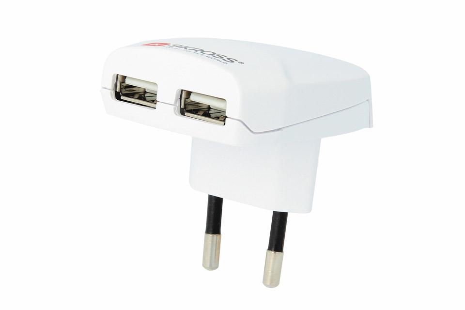 Universel dobbelt USB oplader på 2400 mA i et lækkert kvalitets design fra Skross.