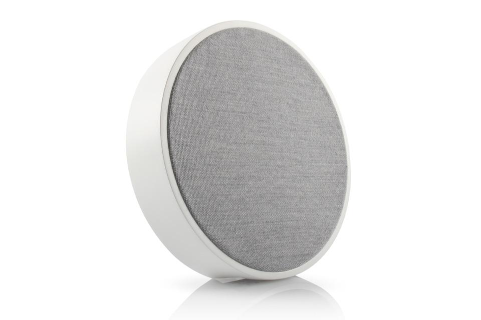 Tivoli ORB kan anvendes som en standard WiFi/bluetooth højttaler, eller som en multirumshøjttaler i et større Tivoli Audio ART system.