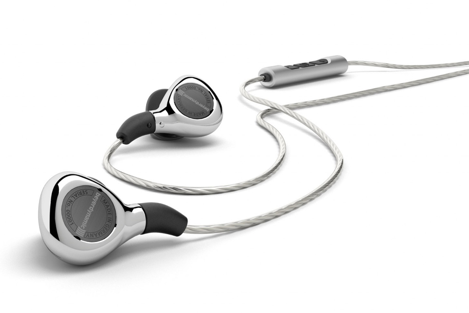 Kompromisløse in-ear hovedtelefoner med tesla teknologi. Beyerdynamic Xelento giver en autentisk og intens musikoplevelse.