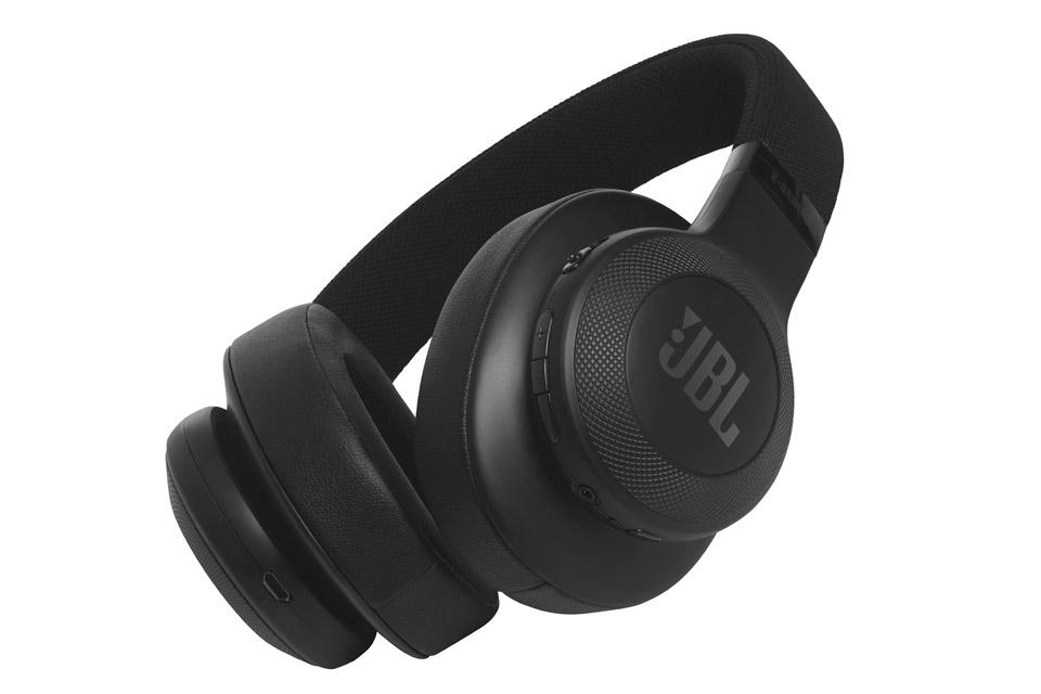 JBL E55BT hovedtelefoner, sort