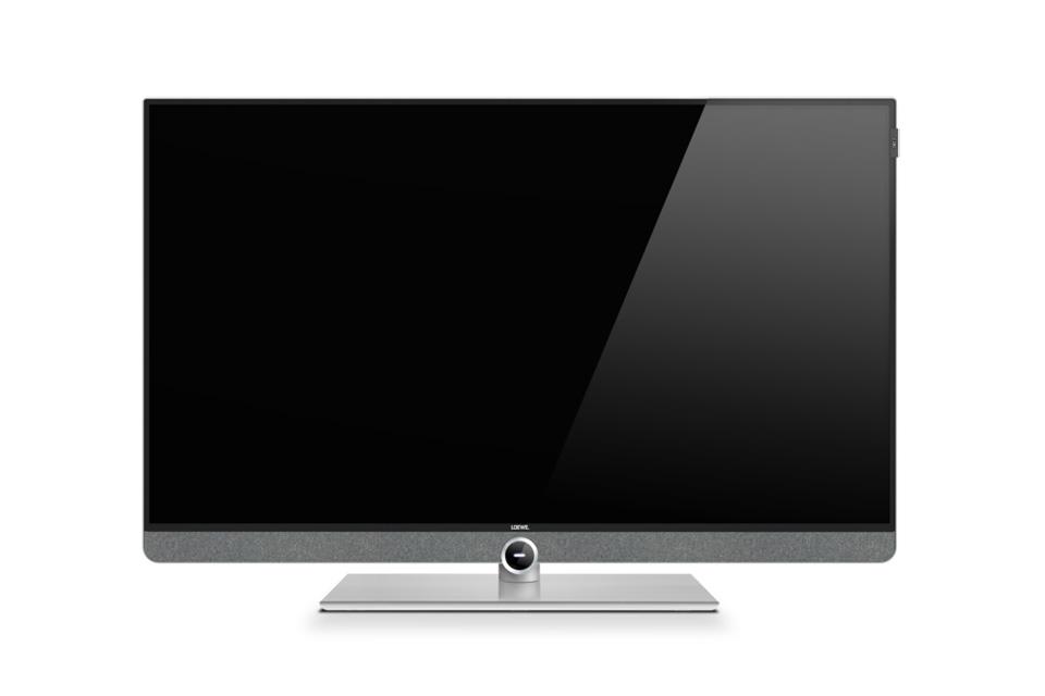 Loewe Bild 3 i en 40 tommers udgave med Ultra-HD LED panel og elegant bordfod som standard. Leveres i enten Grafitgrå eller lys-grå finish.