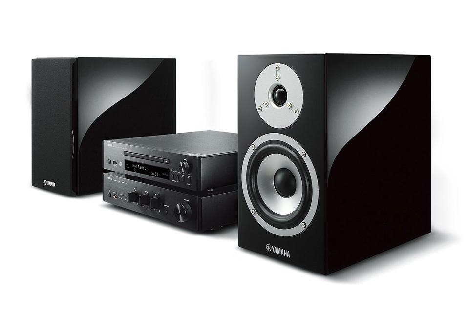 Højkvalitets stereoanlæg fra Yamaha med ægte Hi-Fi kvaliteter. Systemet er komplet med forstærker, CD-afspiller, højttalere og et hav af netværksfunktioner.