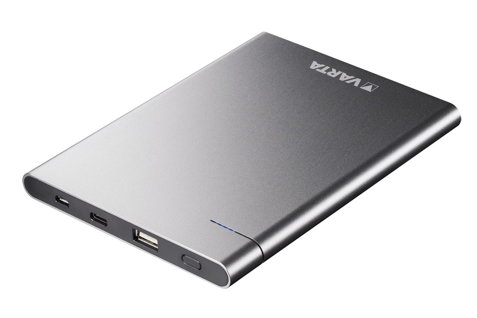 Powerbank med USB-C i et elegant aluminiums hus. Denne VARTA powerbank på 12.000 mAh har både USB type A og USB type C tilslutning for hurtigst mulig opladning