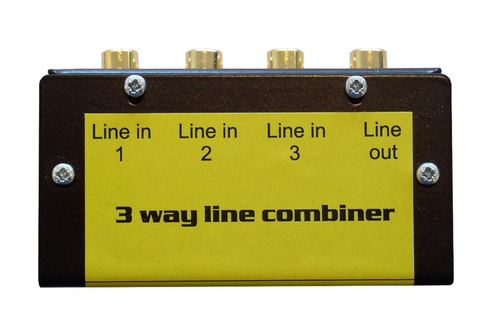 For sammenkobling af 3 analoge kilder til 1 indgang. Denne stereo line kombiner har justeringsskruer, så volume niveauet kan styres for hver indgang.