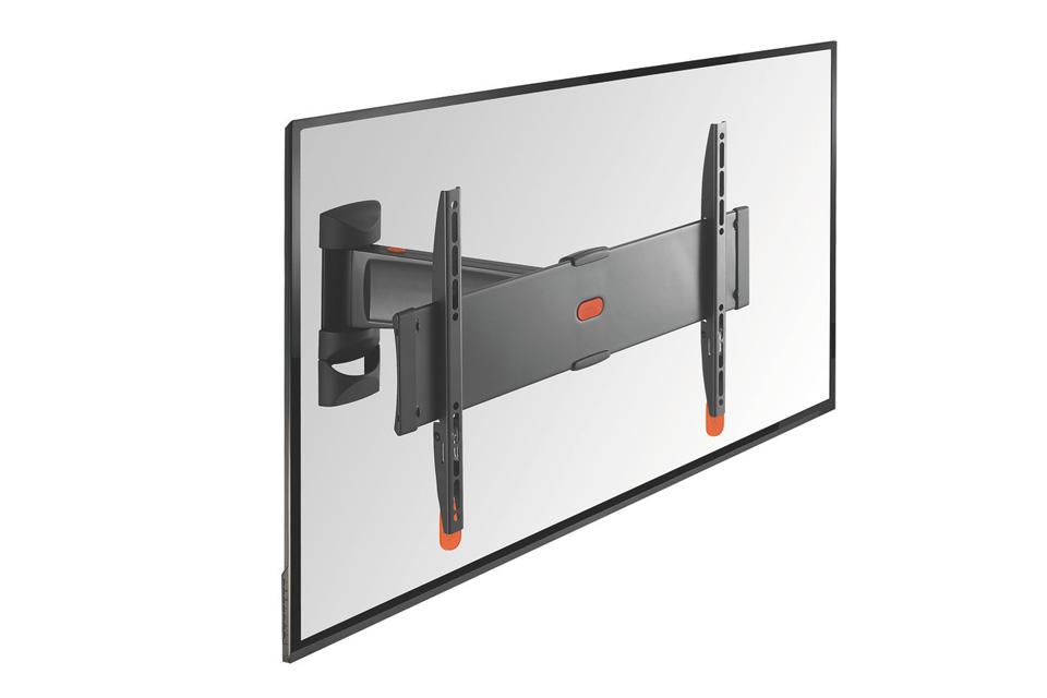 Vogels BASE 25-M er et TV vægbeslag med 2 drejeled (op til 120 grader), der passer til fladskærme i størrelsen 32-55